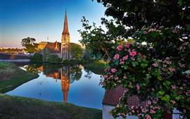 Copenhague, Dinamarca, iglesia, río, ciudad, flores