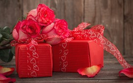 Preview wallpaper Gifts, roses, petals, red style, romantic