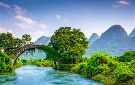 Guangxi Guilin Yangshuo, bridge, river, trees, mountains, beautiful scenery