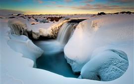 雪、滝、渓谷、小川、冬