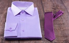 Camiseta, corbata