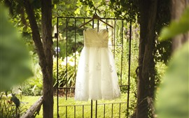 Preview wallpaper Wedding skirt, trees