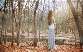 Niña, vista trasera, árboles, estanque