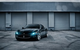 Preview wallpaper Maserati GT blue sports car, headlight