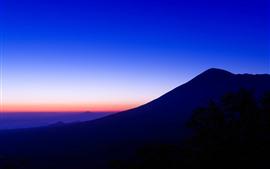 Montanhas, silhueta, noite
