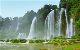 Beautiful waterfalls, great scenery