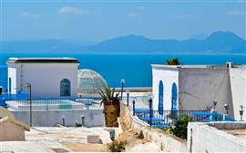 Tunísia, África, mar azul, montanhas
