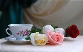 Rosas brancas, rosa, vermelhas, chá, copo