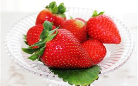 Preview wallpaper Fresh strawberries, delicious fruit, plate