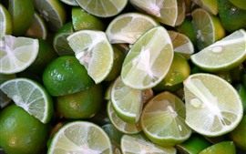 Many cutted limes