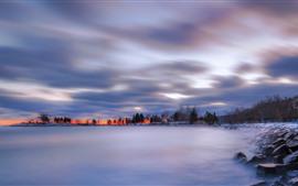 Inverno, lago, nevoeiro, pedras, árvores, nuvens