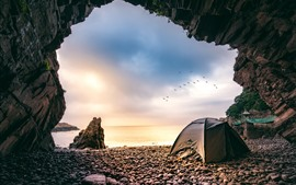 Preview wallpaper Xiangshan Hualiu Island, hole, sea, tent, birds, Zhejiang, China