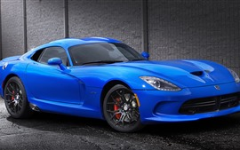 Vista lateral del Dodge GTS blue sports car