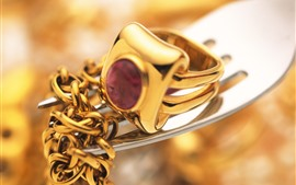 Preview wallpaper Gold chain, ring, fork