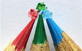 Lápices de tres colores