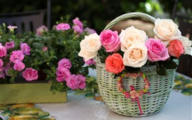 Preview wallpaper Basket, pink and white roses