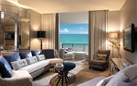 リビングルーム、ソファ、ランプ、テレビ、海