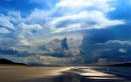 Mar, praia, costa, céu, nuvens grossas, raios de sol