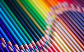 Lápices de colores, colores del arco iris, curva