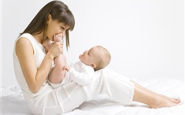 Preview wallpaper Mother and baby, love, happy