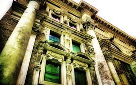 Aperçu fond d'écran Ville, immeuble, fenêtres