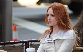 Preview wallpaper Kaylee Defer 01