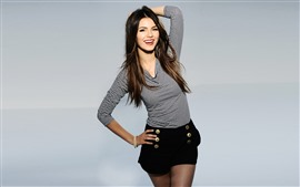 Preview wallpaper Victoria Justice 22