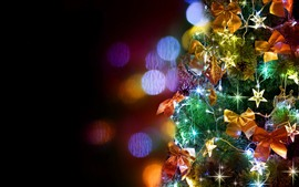 Preview wallpaper Christmas tree, colorful lights, shine