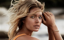 Preview wallpaper Doutzen Kroes 08