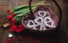 预览壁纸 红色的郁金香,爱的心饼干,篮子