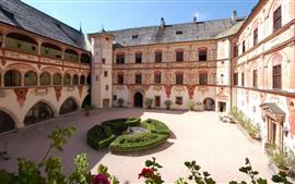Замок Тратцберг, Австрия