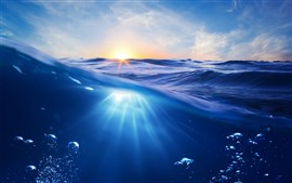 Preview wallpaper Blue sea, waves, bubbles, sunrise, shine