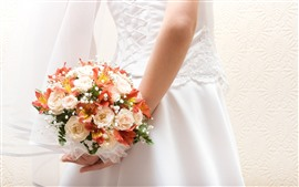 Preview wallpaper Bride, back view, bouquet, flowers