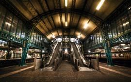 Escada rolante, estação ferroviária