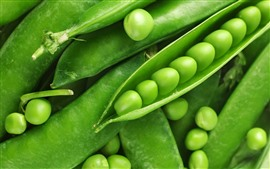Preview wallpaper Some green peas, vegetable