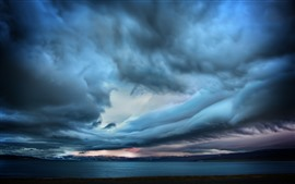 Storm, thick clouds, sea, dusk