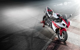 Preview wallpaper Yamaha motorcycle, light rays