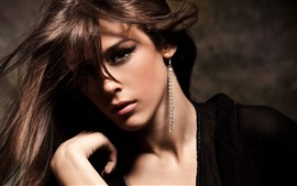 Preview wallpaper Fashion girl, face, brown hair, earring