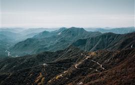 Aperçu fond d'écran Montagnes, route, vallée