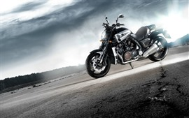 Preview wallpaper Yamaha cool motorcycle, sunshine