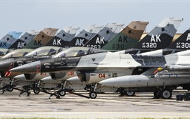 Preview wallpaper Some F-16 fighters, airfield