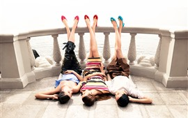 Three girls, sleep, pose, legs, fence