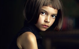 Short hair girl, brown eyes, look, child