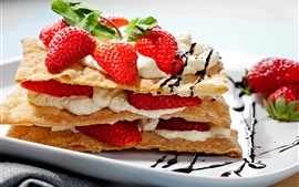 壁紙のプレビュー 1つのスライスケーキ、イチゴ、クリーム、食品