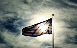Bandera de Estados Unidos, sol, cielo, nubes