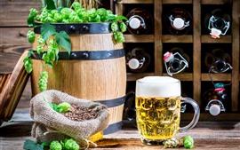 Aperçu fond d'écran Bière, mousse, baril, houblon vert