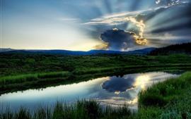 Трава, озеро, зеленый, небо, облака, солнечные лучи, сумерки