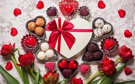 預覽桌布 愛的心,巧克力,糖果,紅色鬱金香