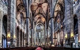 Каталония, Барселона, Готическая церковь, Интерьер