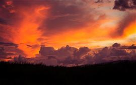 Aperçu fond d'écran Maui, herbe, ciel rouge, nuages, coucher de soleil